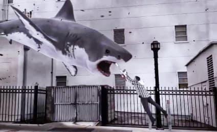 ฉันเงียบเกินไปสำหรับ 'Sharknado 2' ภาพยนตร์ B ที่ได้รับการสนับสนุนจาก Twitter
